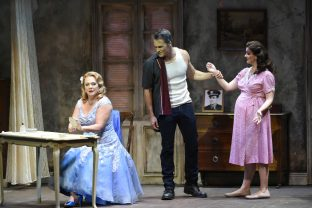The Honolulu Star-Advertiser Review: 'Streetcar' maintains impact in wide-ranging operatic form
