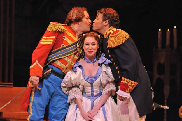 Tonio David Portillo Ava Pine Marie and Rod Nelman Sulpice Kiss Ellen Appel Fort Worth Opera 1 624x416 - 10 Reasons to see The Daughter of the Regiment